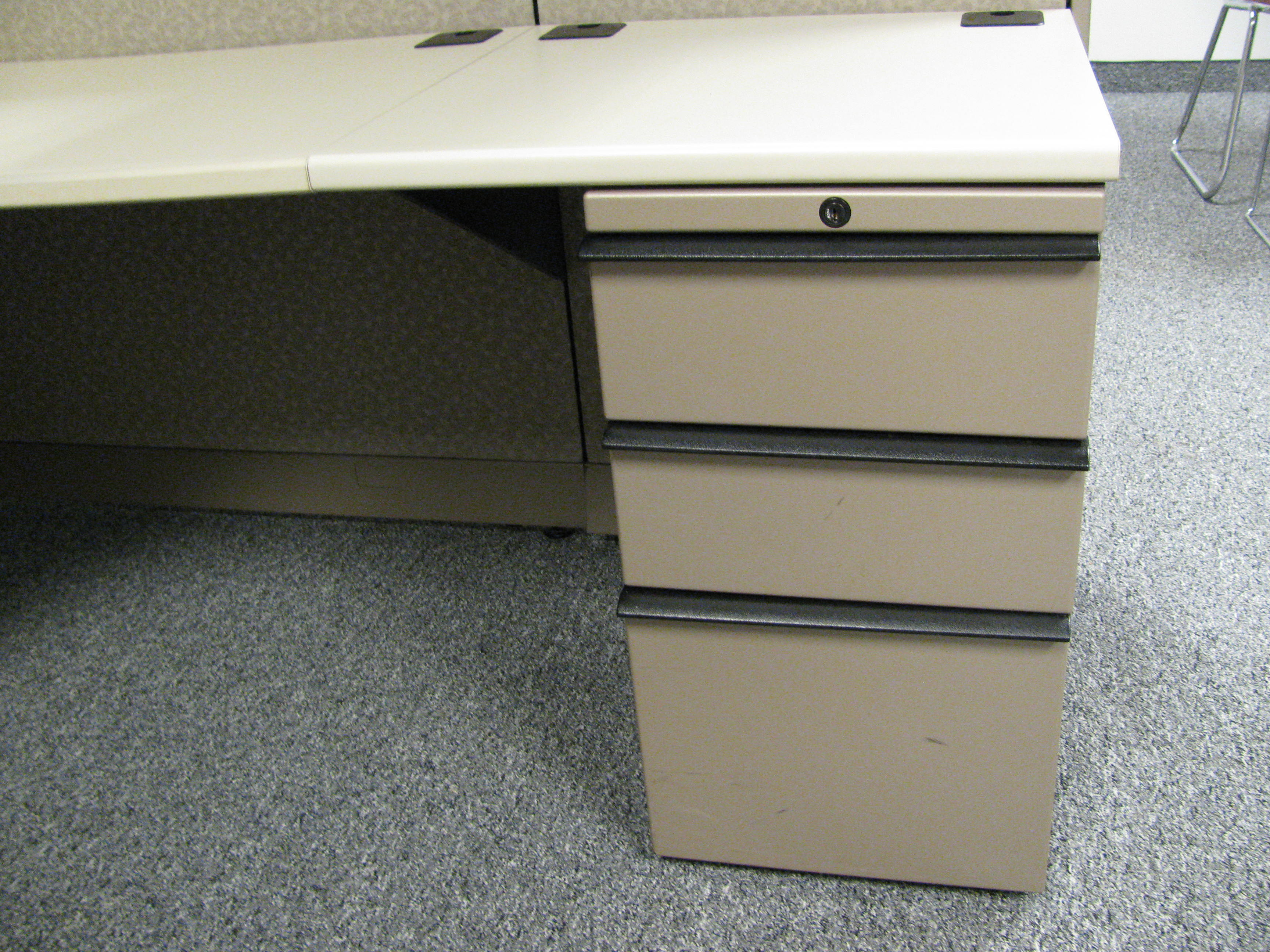 Knoll Morrison 6×6 Cubicles, Great Condition