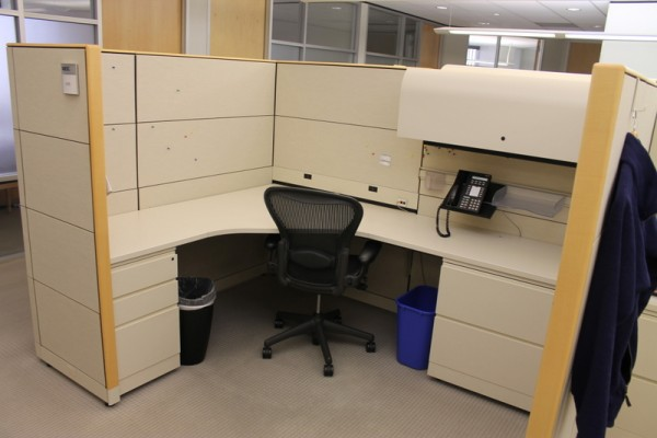 Used Knoll 6×8 Reff Cubicles in Denver