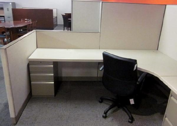 Used Knoll Morrison 8×8 Cubicles