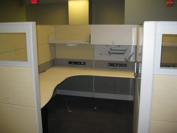 Teknion 6×8 cubicles