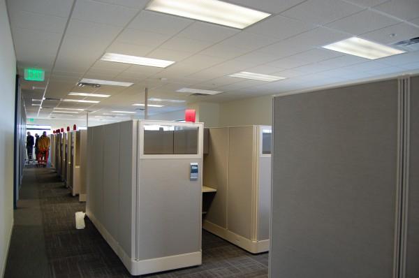 Used AIS DiVi 5×5 Workstations