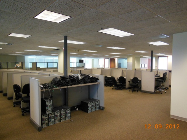 Pole Based Cubicles : Used herman miller ao telemarketing workstations in