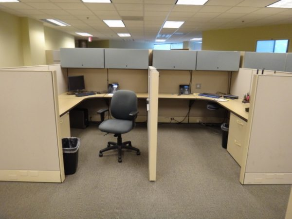 Used Herman Miller Q Workstations, 6×6 and 6×8