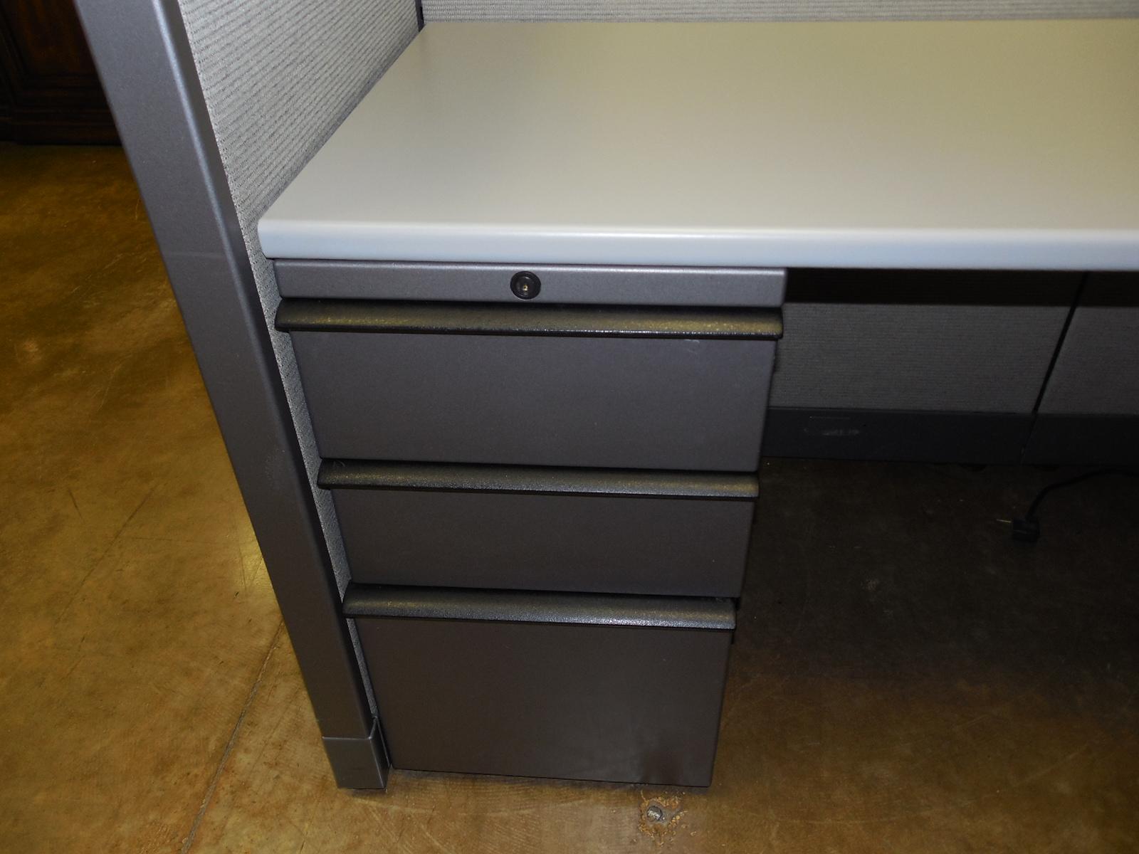 Like New Knoll Morrison Workstations, 6X8